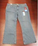 Levi Strauss Signature Misses Women Jeans Low Rise Bootcut Size 18 - $4.95