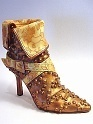 En Vogue Sizzling Streetwise Stiletto Shimmering Gold Hue Just the Right Shoe