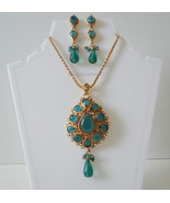 Emerald kundan pendant set - $17.00