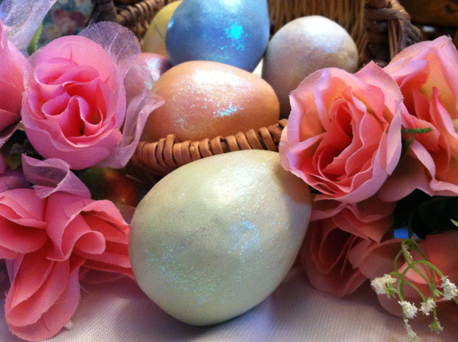 Ceramic Pastel Green Egg for Spring Display - glitter glazed with rattle inside