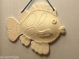 ein Unikat Zwei weiß Bisque gefeuert Fisch wandbehänge von New York Künstler image 6