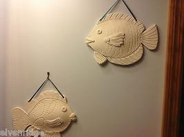 ein Unikat Zwei weiß Bisque gefeuert Fisch wandbehänge von New York Künstler image 3