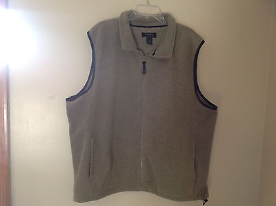 Gray with Black Accents Croft and Barrow Sweater Vest Zipper Closure Size XXL