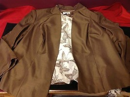 Adriana Papell set of woman brown blazer and white blouse with grey butterflies image 4