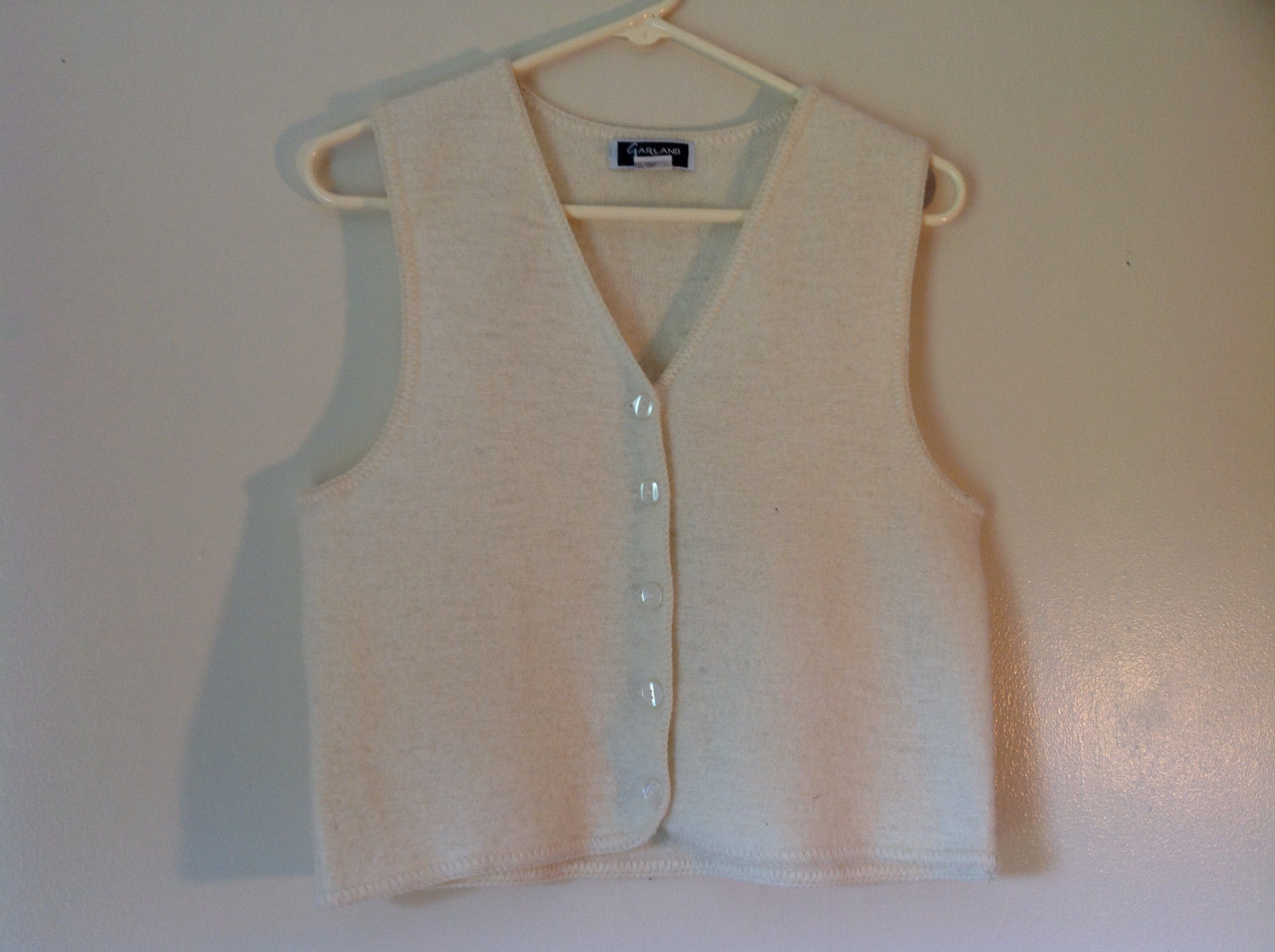 100 Percent Wool Off White Vest Size Medium by Garland 5 Button Closure V Neck