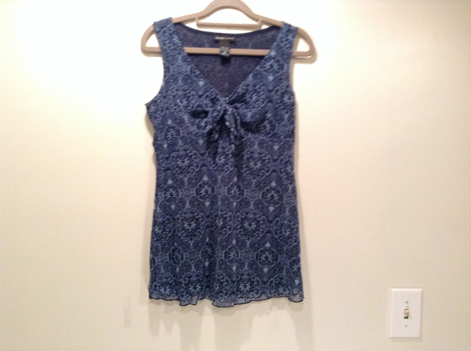 Primary image for 100 Percent Nylon New York and Company Size M Sleeveless Dark Blue Top