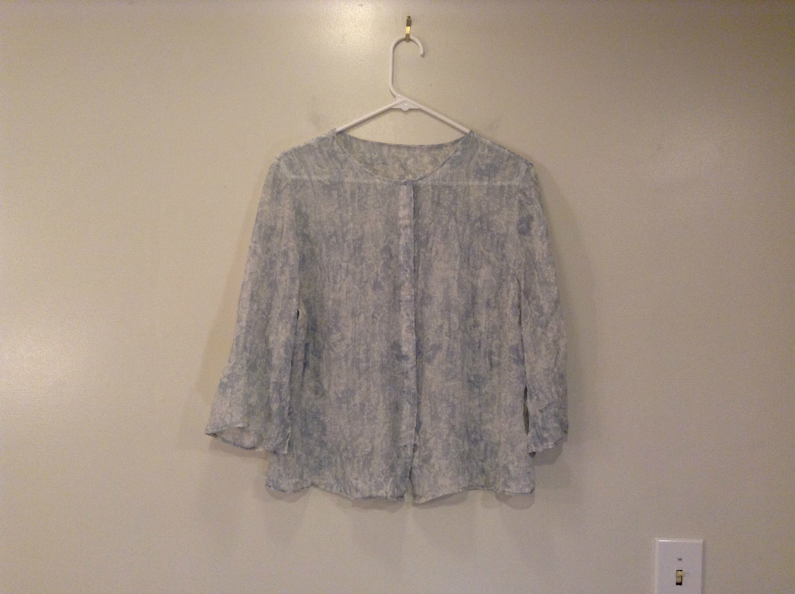100 Percent Silk Button Up Blouse White Pale Blue Slits on Sleeves No Size Tag