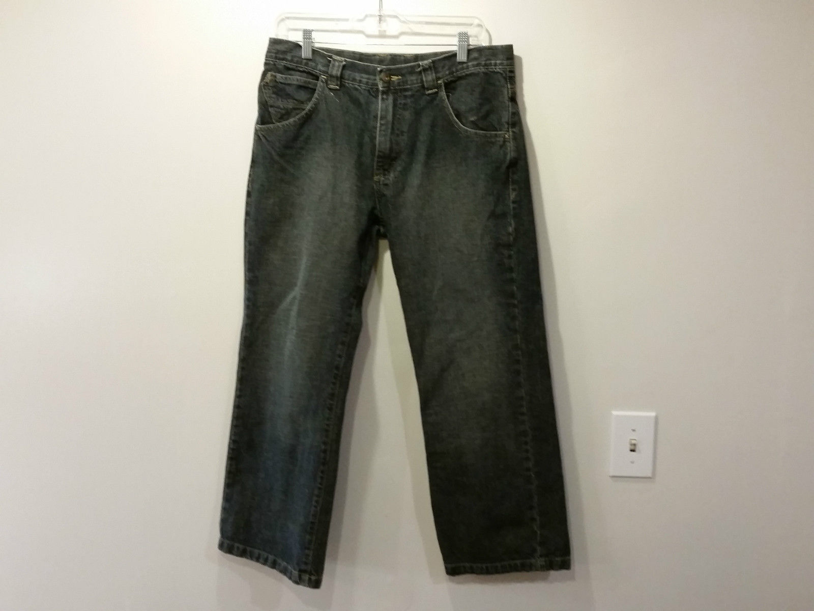 16 Husky WRG Jeans Company Dark Blue Jeans Front and Back Pockets Zipper Button
