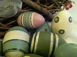 10 decorative wooden Easter eggs assorted size and color vintage look NIB image 2