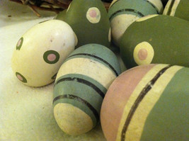 10 decorative wooden Easter eggs assorted size and color vintage look NIB image 6
