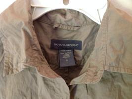 100 Percent Cotton Short Sleeve Brown Button Up Shirt Banana Republic Size S image 3