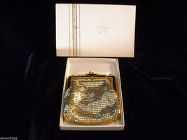 1930s Vintage Gold Lane Change Purse Whiting and Davis Co.