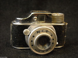 1950's Miniature Hit Camera made in Japan image 2