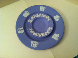 1957 Wedgwood Jasperware Set - Large and small blue plate set image 1