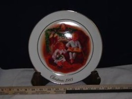 1983 Avon Night Before Christmas Collectors Plate