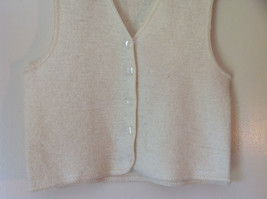 100 Percent Wool Off White Vest Size Medium by Garland 5 Button Closure V Neck image 4