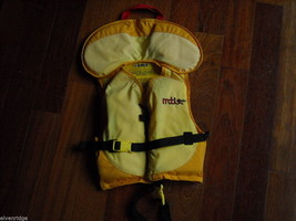 2 EXCEL Youth Wetsuits with 2 MTI Youth Life Vests image 7