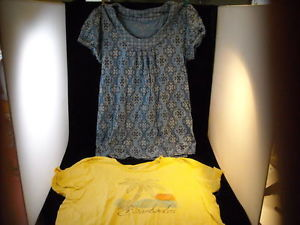 2 Short sleeve women's shirts Sonoma Medium Large