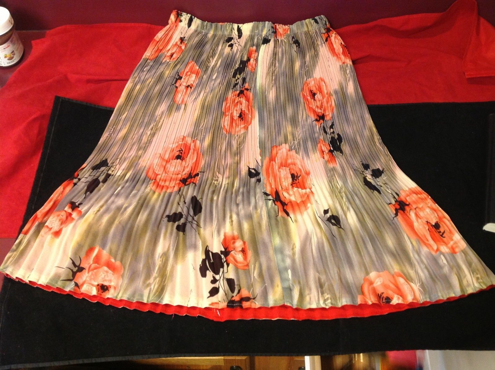 3 Q multicolor a skirt