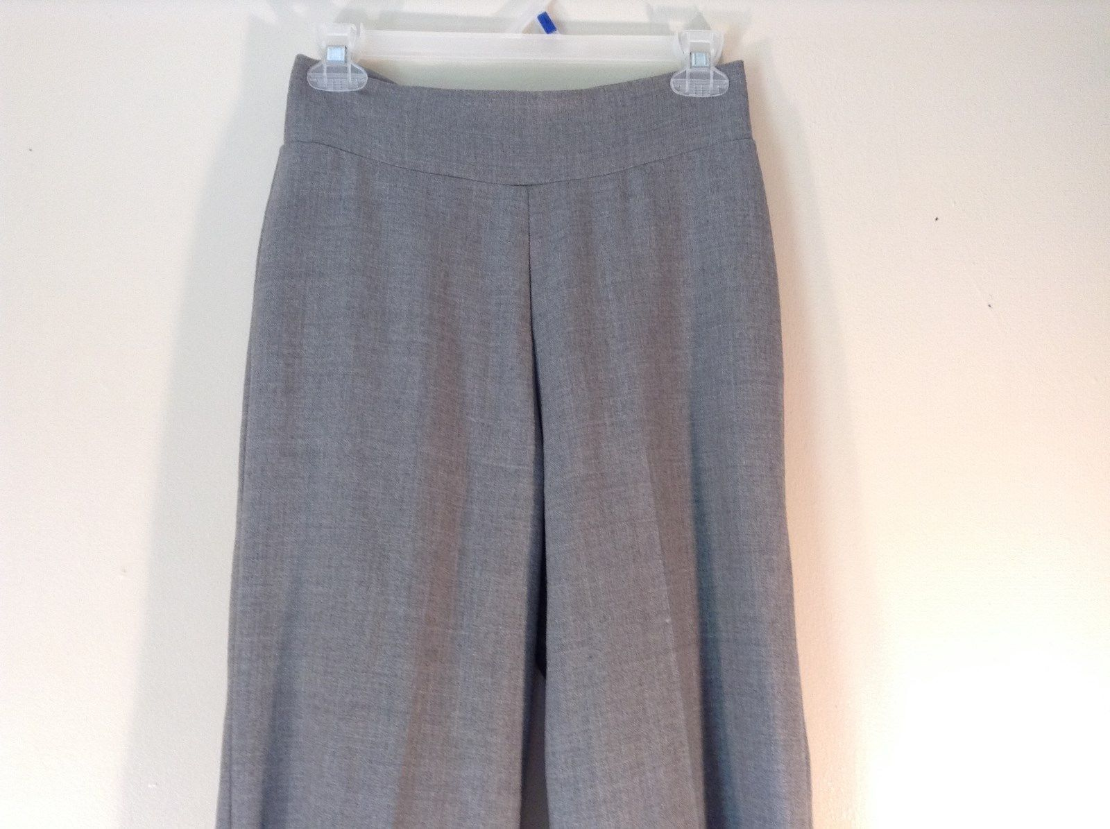 ANKA New York Size Small Casual Gray Pants 100 Percent Wool Back Zipper Closure