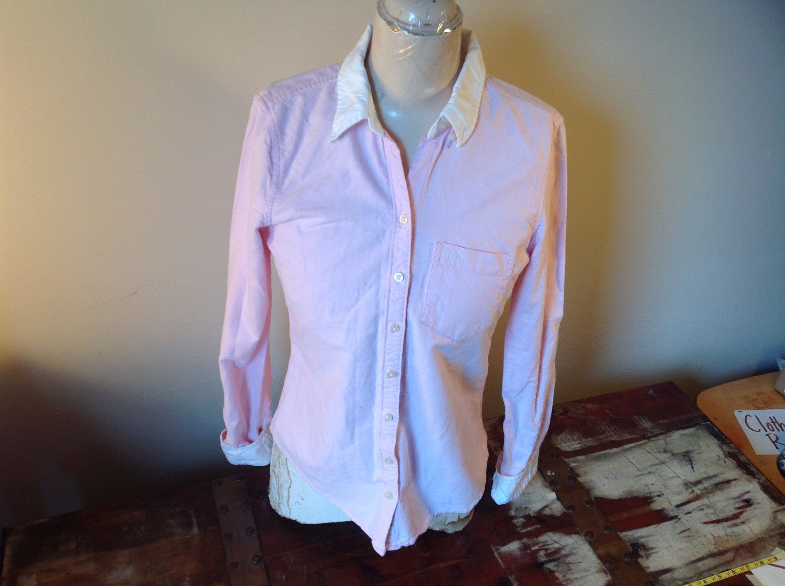 Abercrombie Fitch Light Pink Button Up White Accent Shirt Long Sleeve Size M