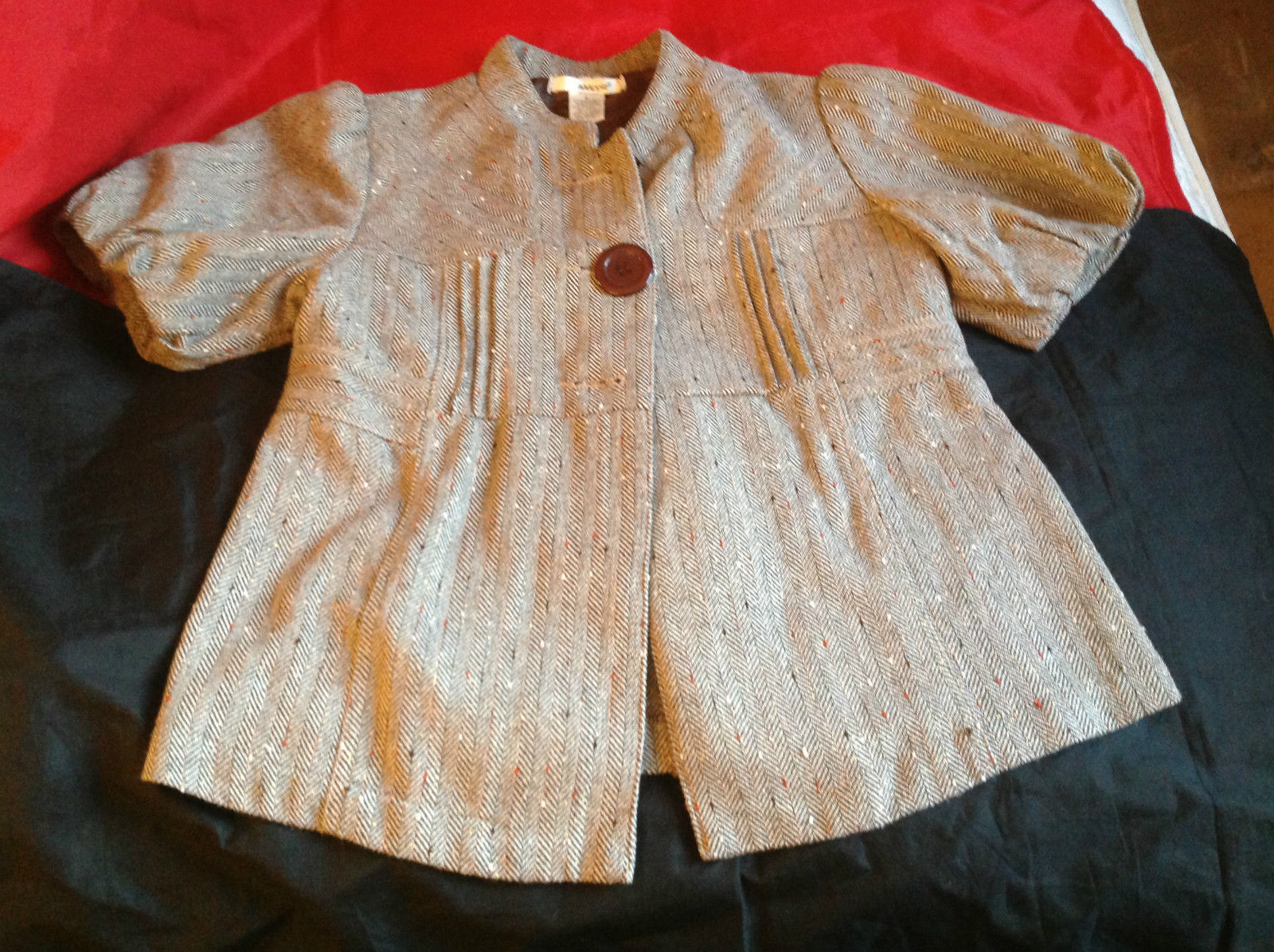 AAApple Womens Short Sleeve Coat Brown Color Size Small