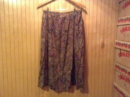 Alfred Dunner Size 14 Knee Length Floral Skirt Purple Design Made in USA