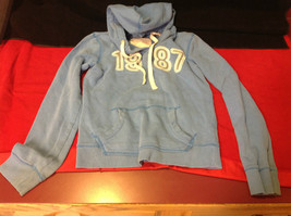 Aeropostale Light Blue Hooded Sweatshirt 1987 in Big Numbers on Front Size XS - $13.36