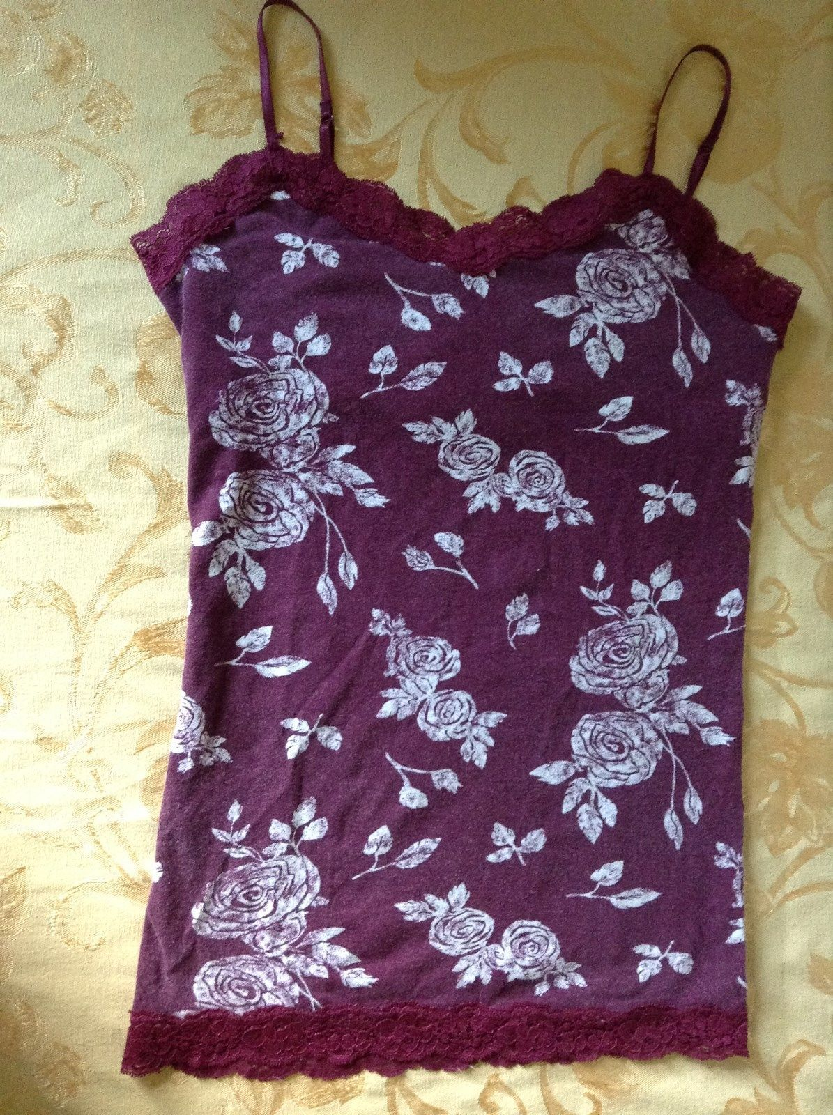 Aeropostale Maroon Tank Top Spaghetti Strap Build in Under Bra Laced Up Size M