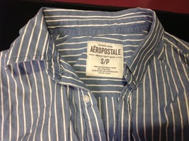 Aéropostale blue and white striped button down shirt S P image 3