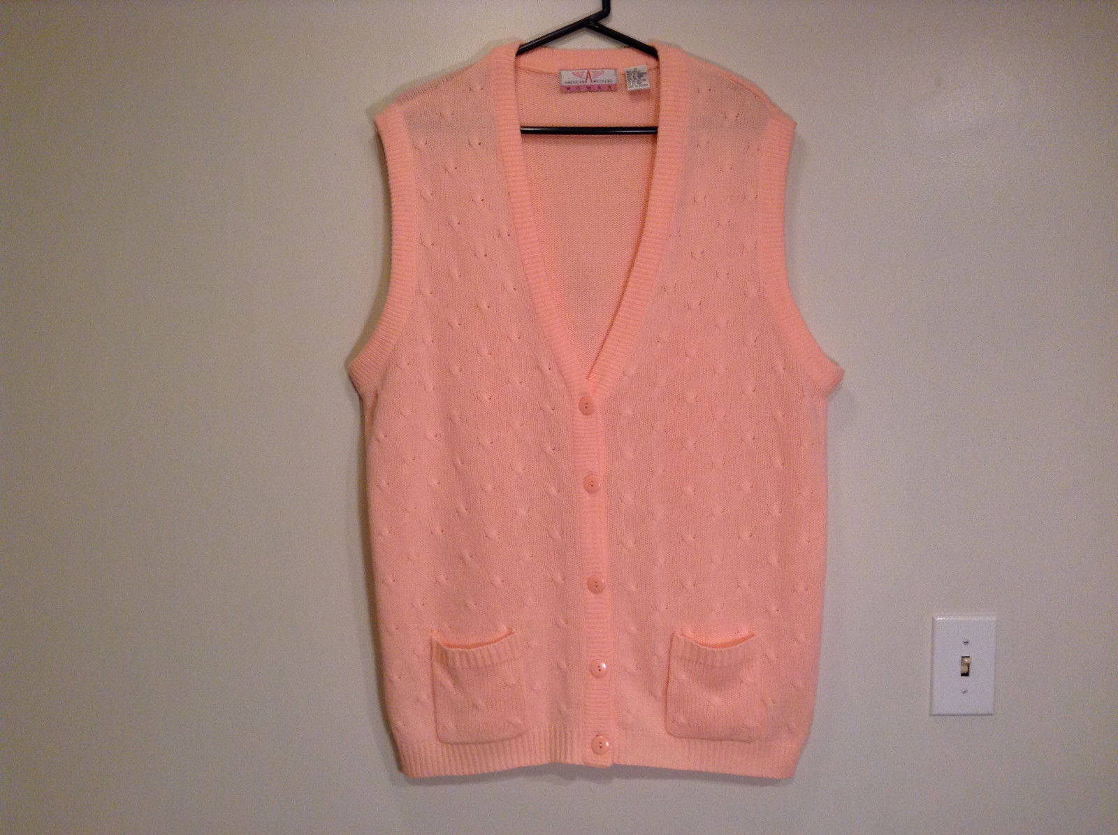 American Weekend Light Coral Pink Vest 2 Small Front  Pockets Size 1X Very Nice