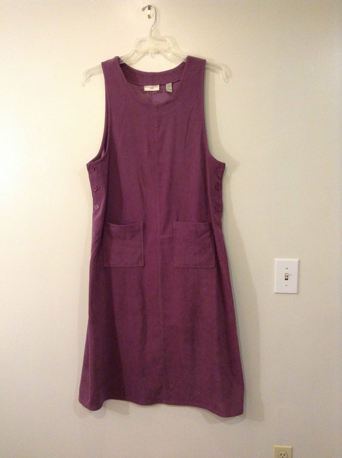 Amanda Smith Petite Sleeveless Dress Size PL Violet Pink Hue Buttons on Sides