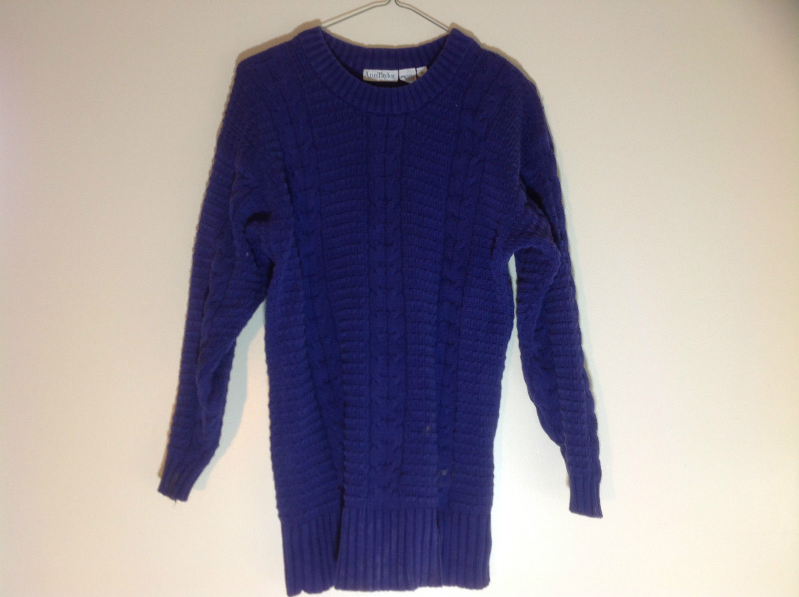 Ann Taylor Dark Purple Cable Knit  Long Sleeve Sweater Crewneck Size Small