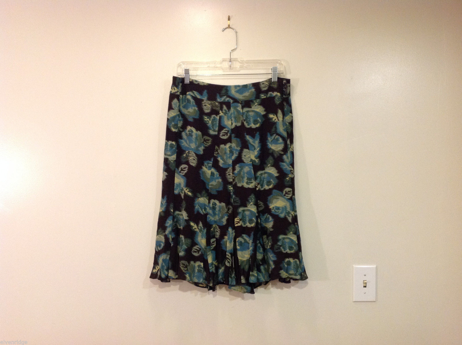 Ann Taylor LOFT Black Turquoise Flowers Fully Lined Skirt Size 8
