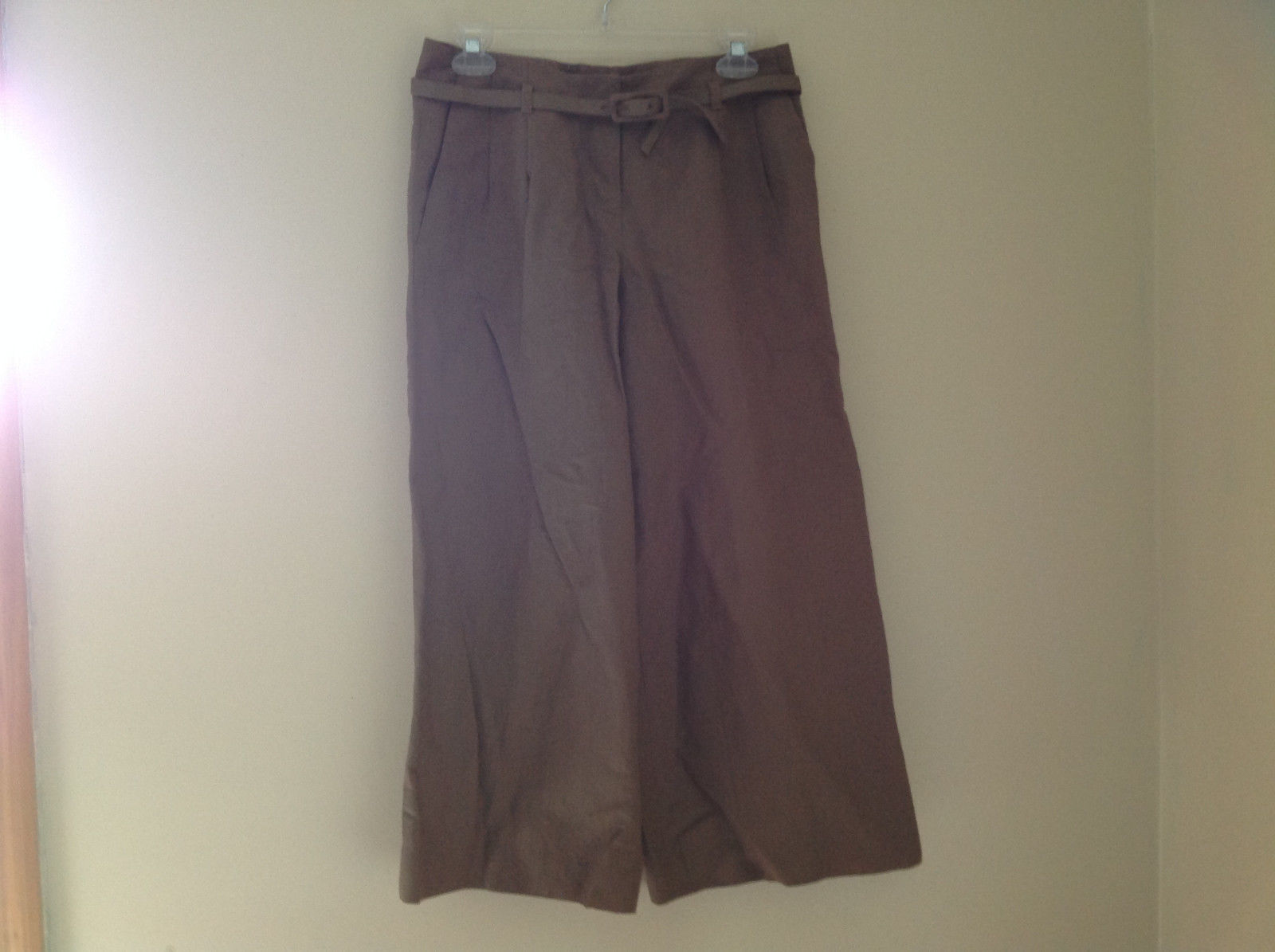 Ann Taylor Loft Brown Pleated Belted 4 Pocket Capris Work Pant Wide Legs Size 2