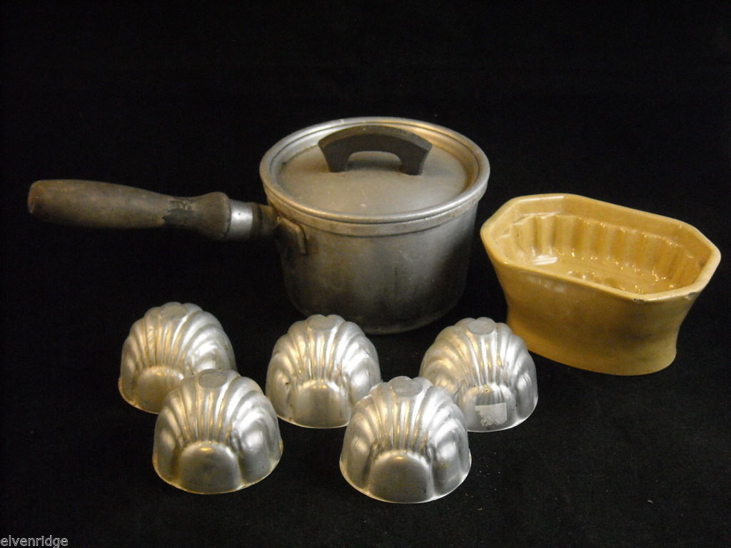 Antique kitchen lot Ceramic butter mold grapes, 5 metal molds 1 small cook pot