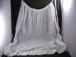 Antique long White sheer  Apron with delicate daisy Embroidering