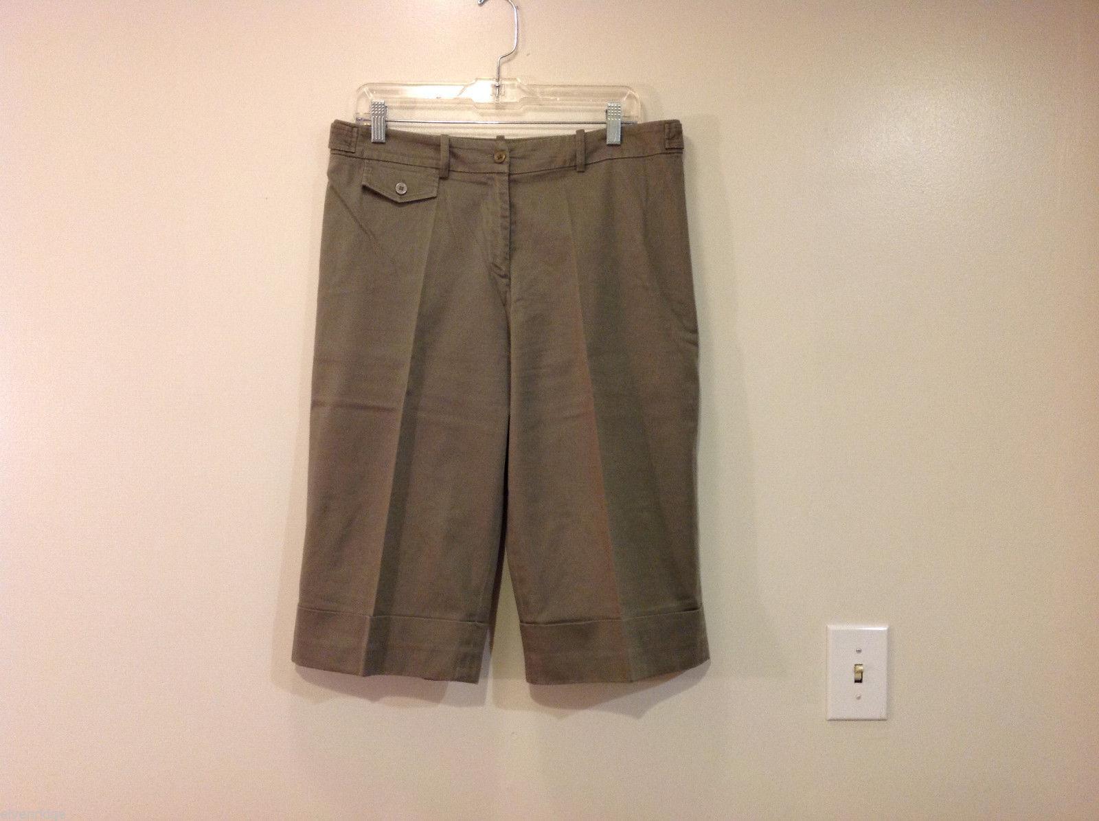 Appraisal Khaki Gray Adjustable Waist Shorts, Size 14