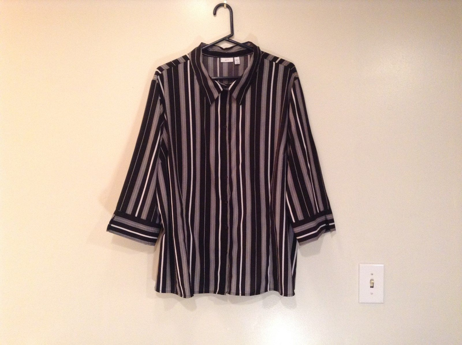 Apt 9 Size 3X Three Quarter Length Sleeves Button Down Shirt Black White Stripes