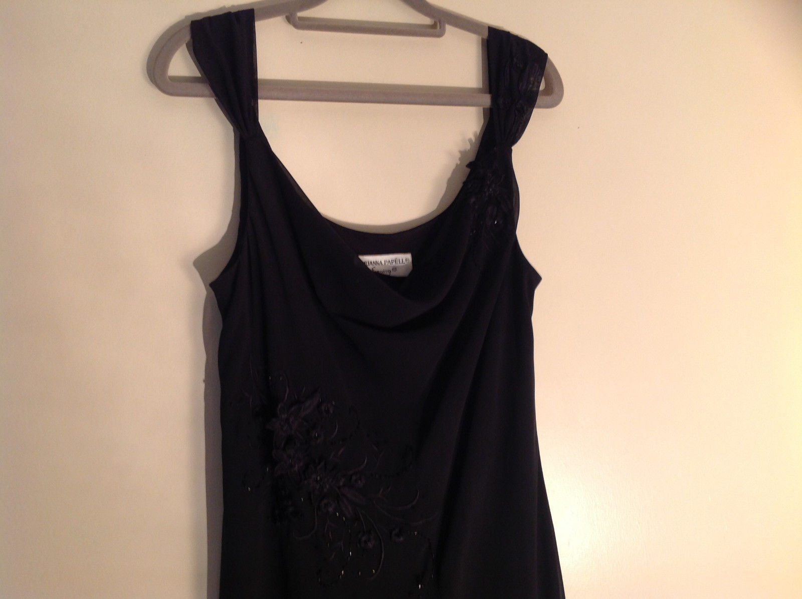 Arianna Papell Little Black Sleeveless Dress with Beaded Floral Design Size 14