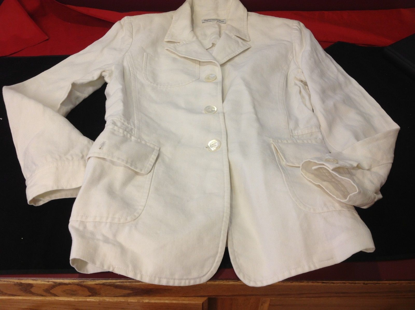 Artigiana Sartoria Venela  cream blazer for woman 15 in wide 26 in long