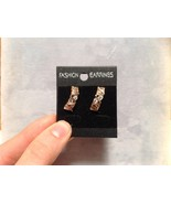 Attractive Zig Zag Design White Stone Rose Gold Hanging Stud Earrings 18... - $29.69