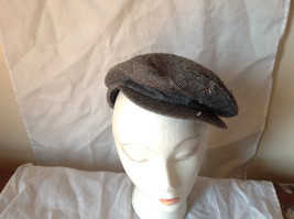 Attractive Small Gray Zig Zag Design Beret Hat Made in USA Size Small