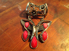 Attractive Butterfly Shaped Gold Tone Scarf Pendant with Red Stones