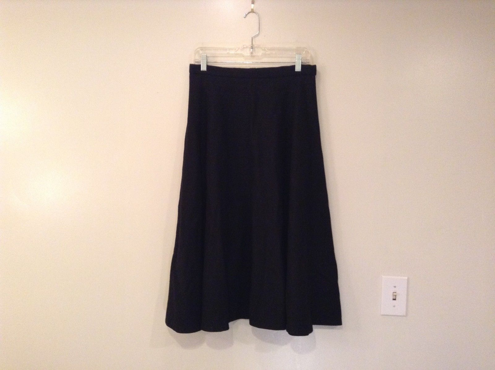 Aunt Abigail's Attic size M 100% Wool Skirt
