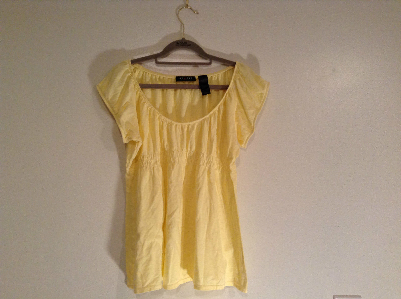 Axcess Liz Claiborne Company Size L Yellow 100 Percent Cotton Shirt Scoop Neck