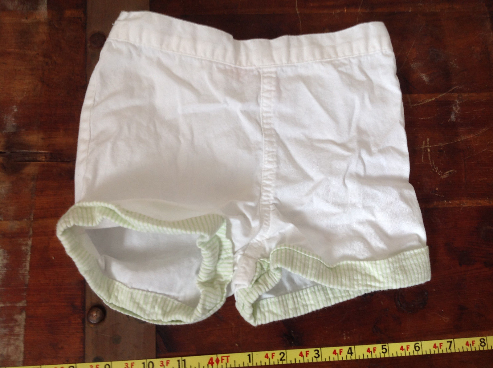 Baby Q Infant White Green Cuffed Shorts Elastic Waistband Size 18 Months