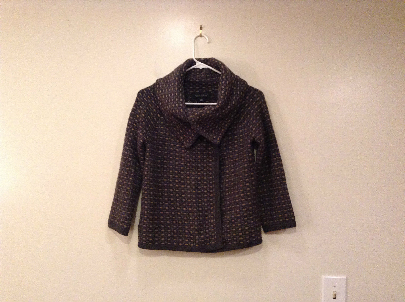 Banana Republic Gray Light Brown Stripes Dots Sweater Jacket Size Small