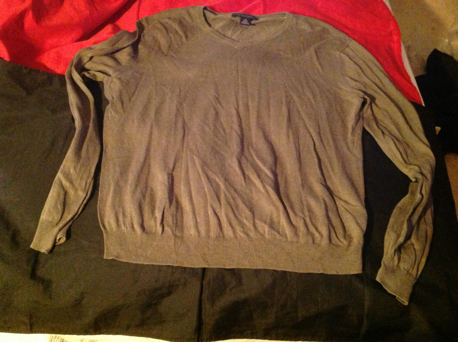 Banana Republic Long Sleeve V-Neck Sweater Olive/Light Green Size Medium