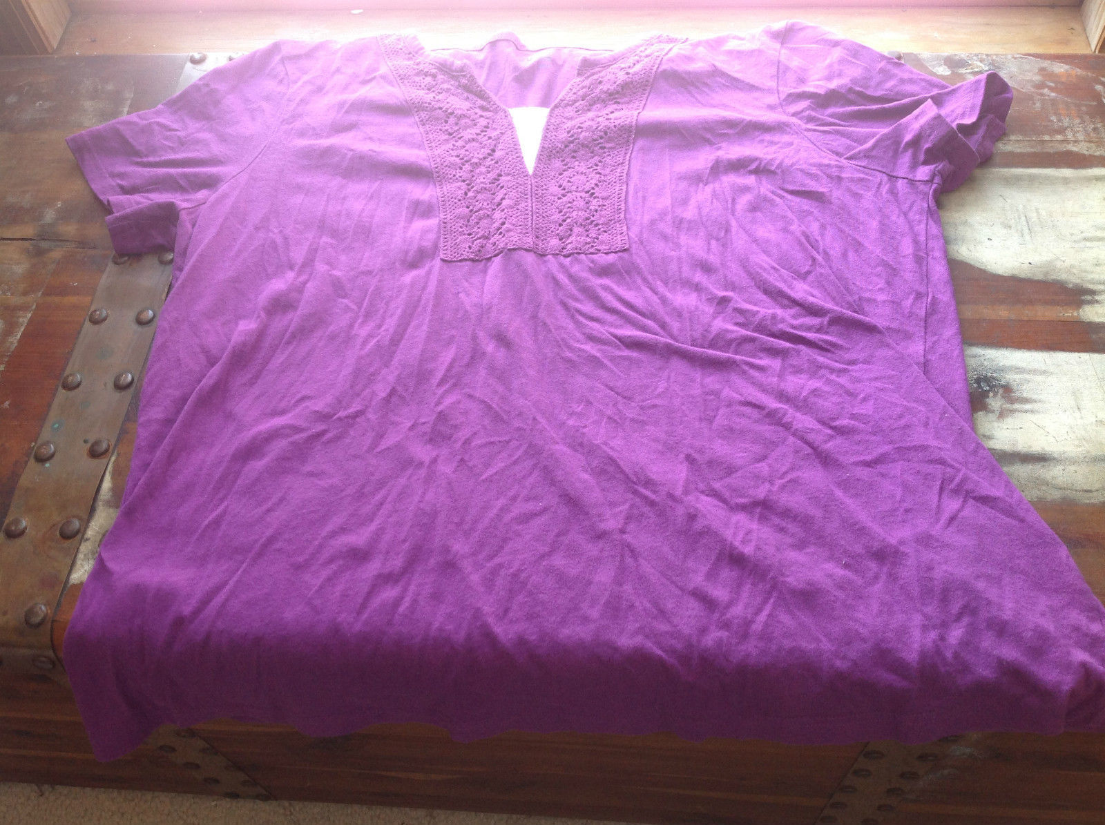 Basic Editions Short Sleeve Purple Top with Knitted Pattern at Neckline Size XL